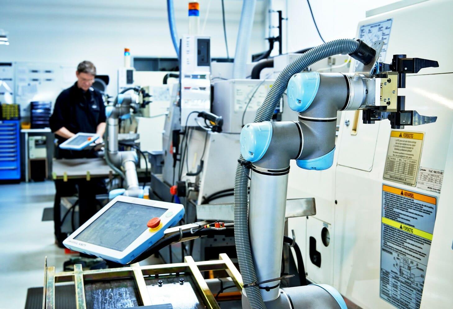 Ante la incertidumbre en industria proponen utilizar cobots