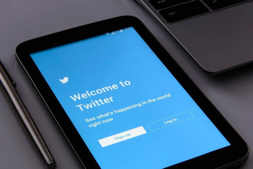 twitter 1795652 1280 1024x683 - ¿Cómo funciona el actual algoritmo de Twitter?